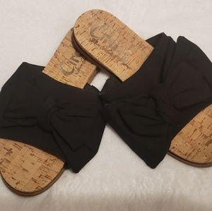 Sandals- Flats